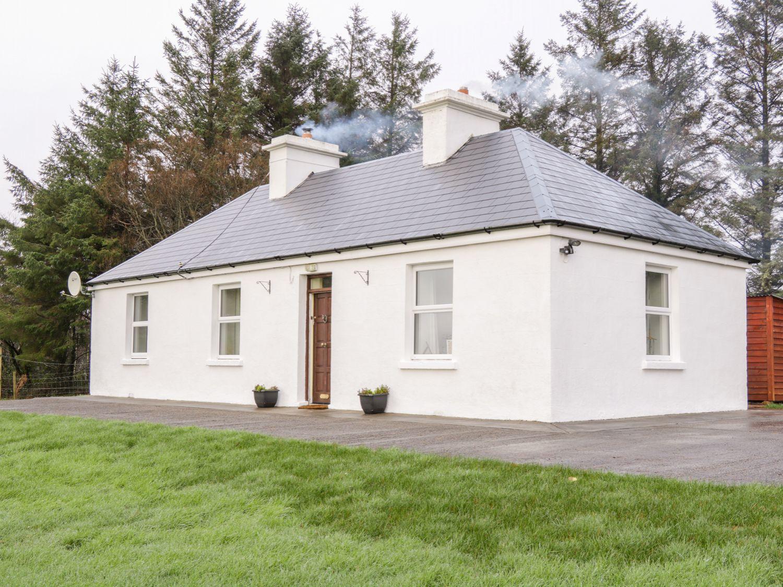 Nephin Beg Cottage - Westport & County Mayo - 1000899 - photo 1