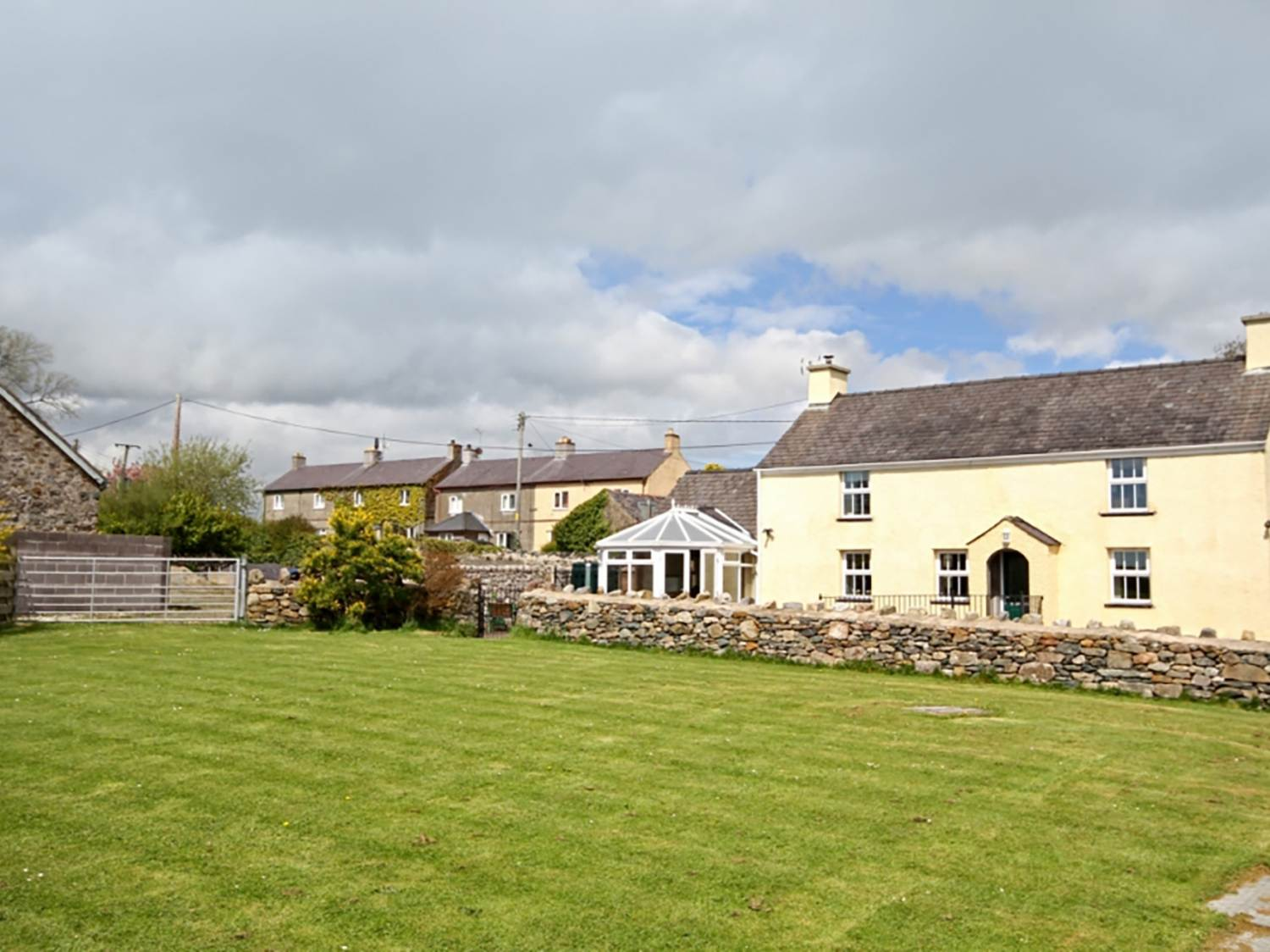 Plas Cefn Mawr - Anglesey - 1008976 - photo 1