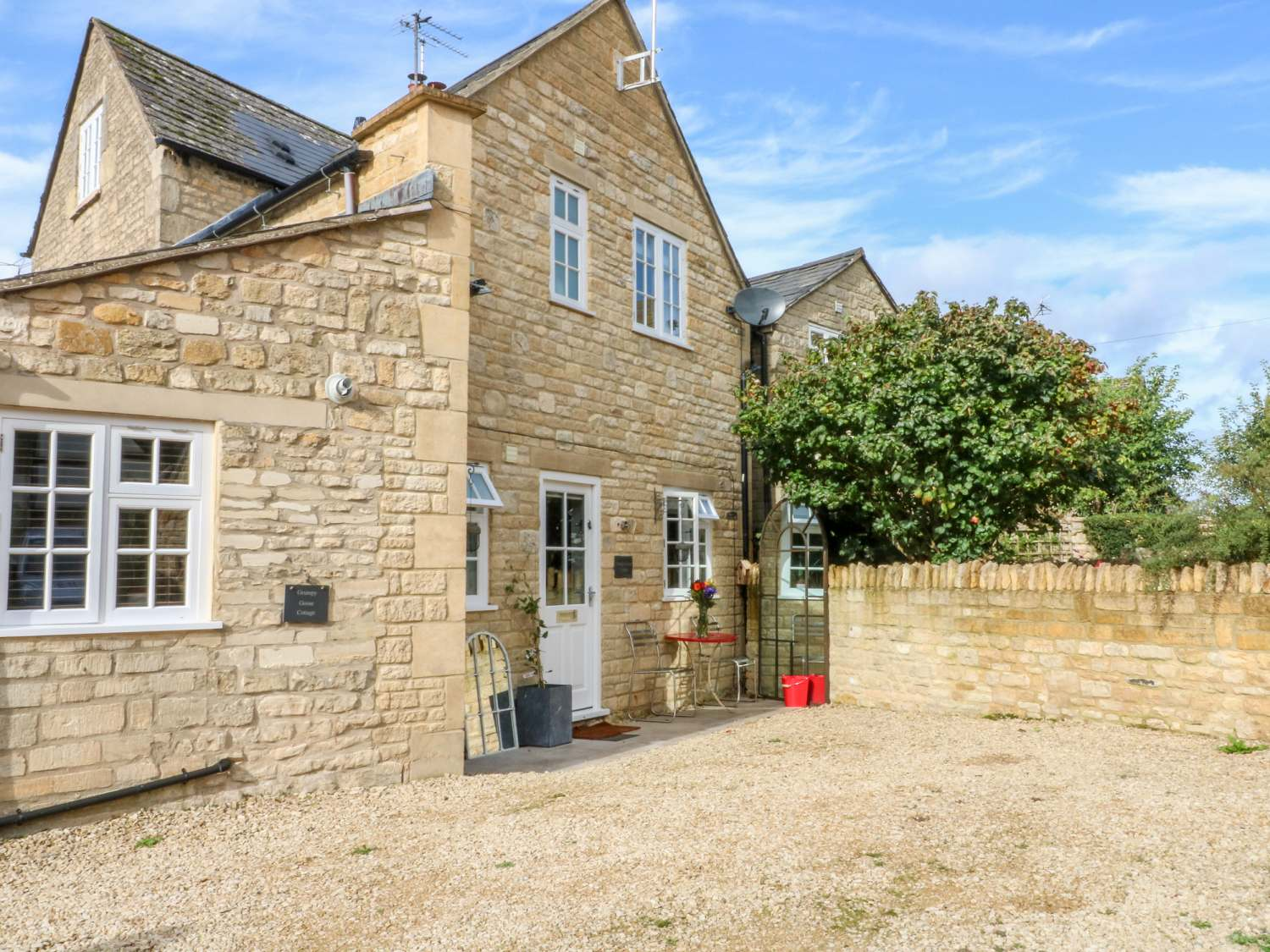 Grumpy Goose Cottage - Cotswolds - 1025897 - photo 1