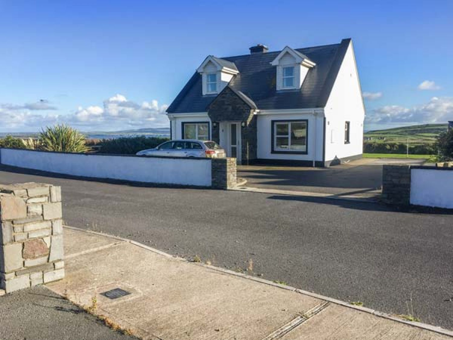 5 Rinevilla View - County Clare - 27717 - photo 1