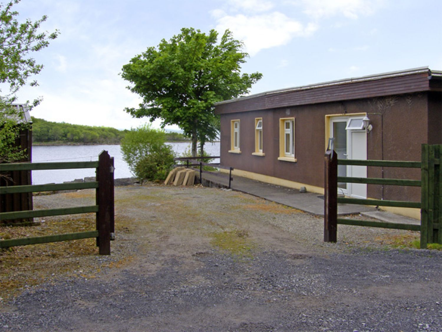 Lakeshore Lodge - Westport & County Mayo - 4071 - photo 1