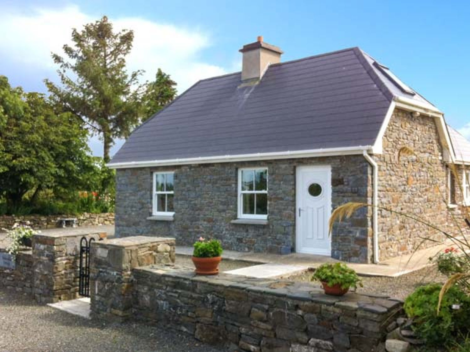 Dooncaha Cottage - County Kerry - 905817 - photo 1
