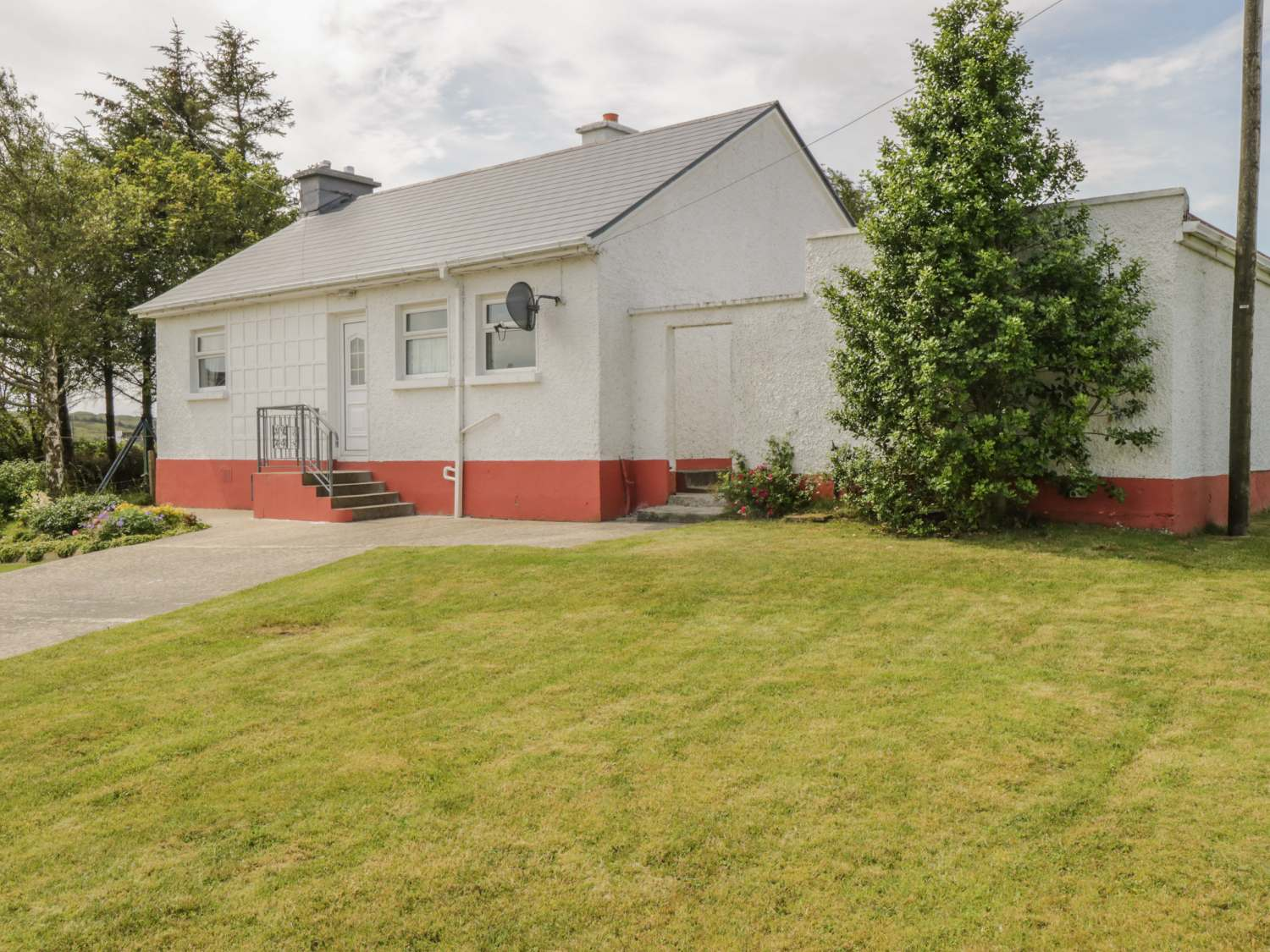Rowan Tree Cottage - County Donegal - 924175 - photo 1