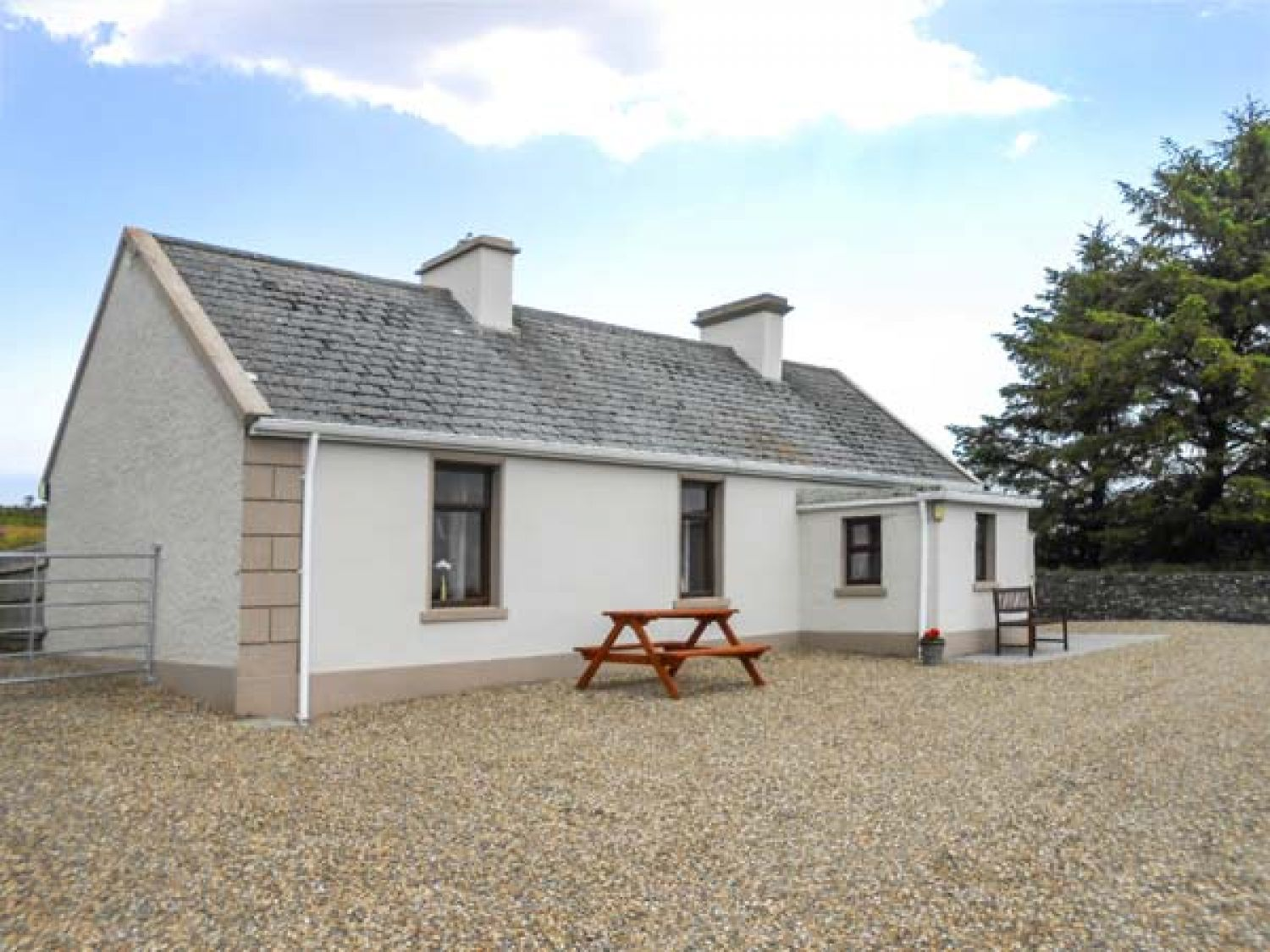 Dan's Cottage - County Clare - 925062 - photo 1