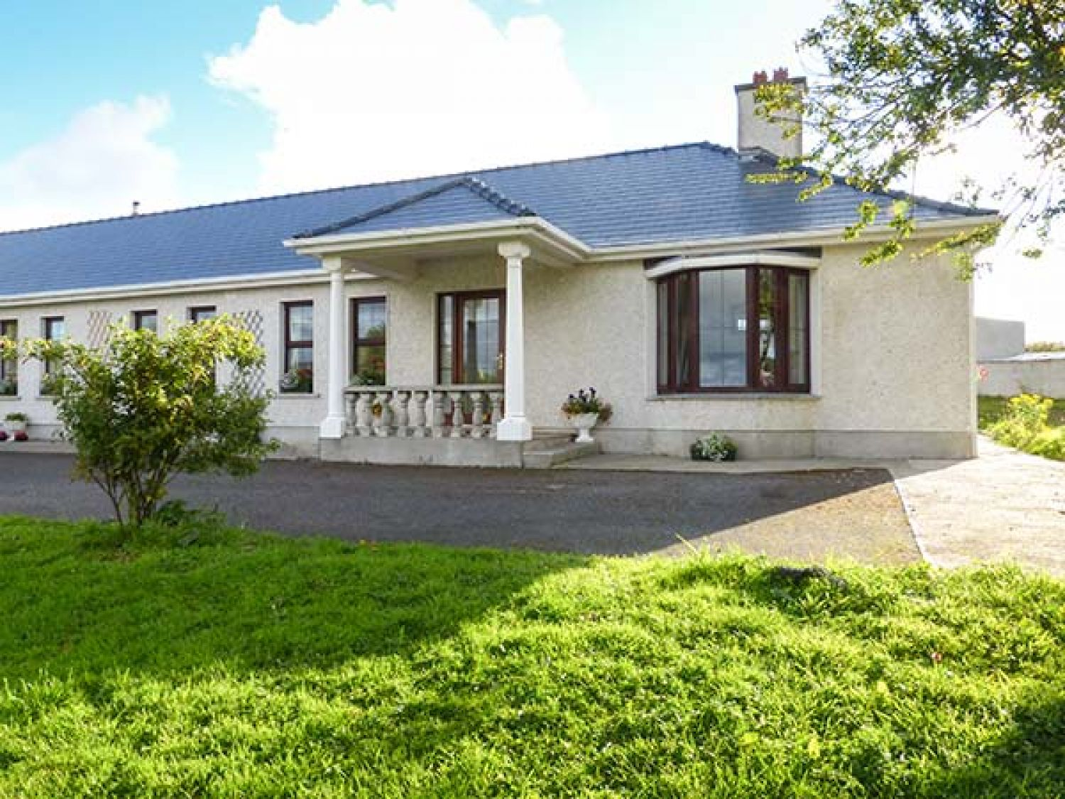 Belladrihid Cottage - County Sligo - 928800 - photo 1