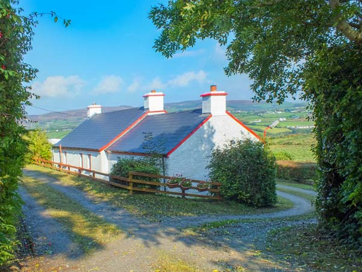 Cooley Cottage - County Donegal - 943611 - photo 1