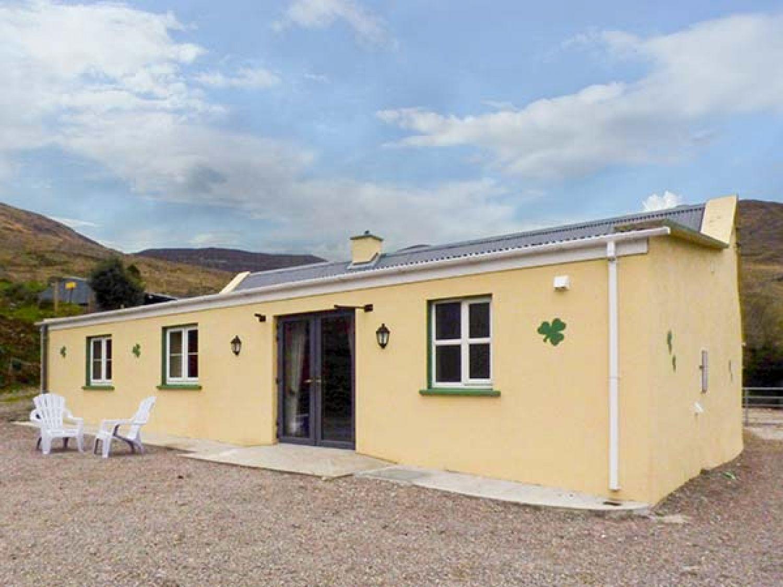 Shamrock Cottage - County Kerry - 955720 - photo 1