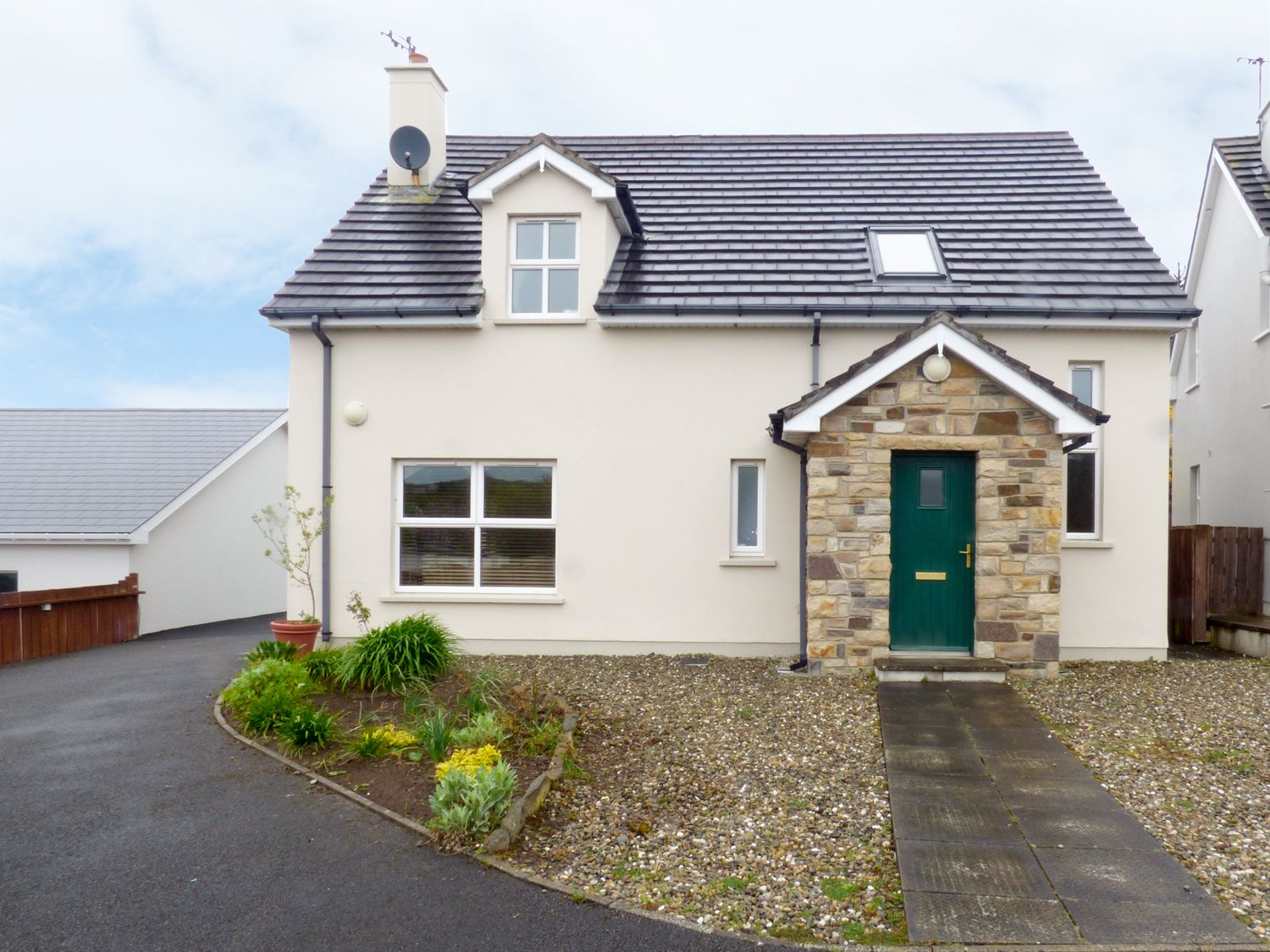 Lakehouse Hotel Cottage 10 - County Donegal - 958993 - photo 1
