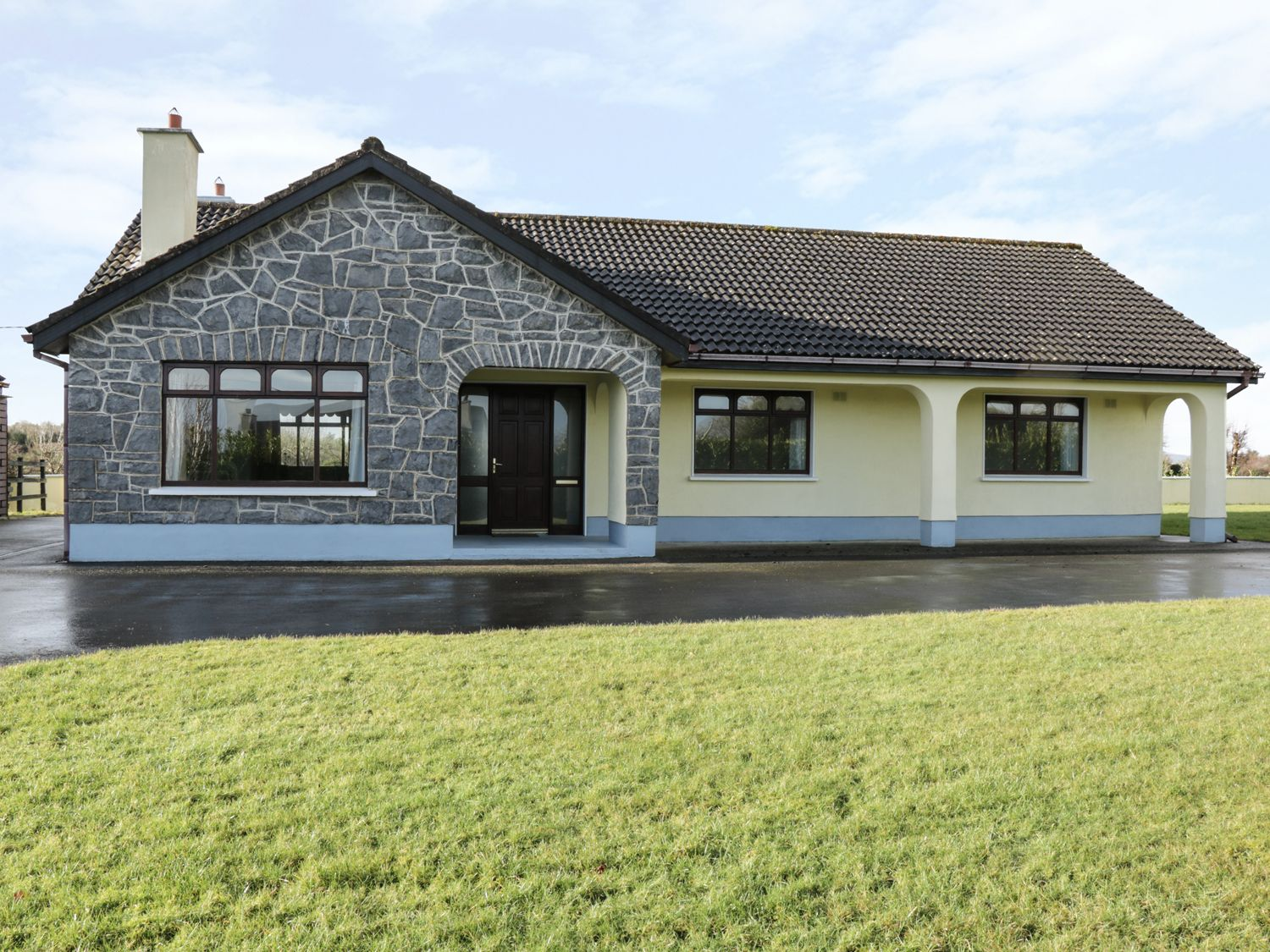Castle View - Shancroagh & County Galway - 961519 - photo 1