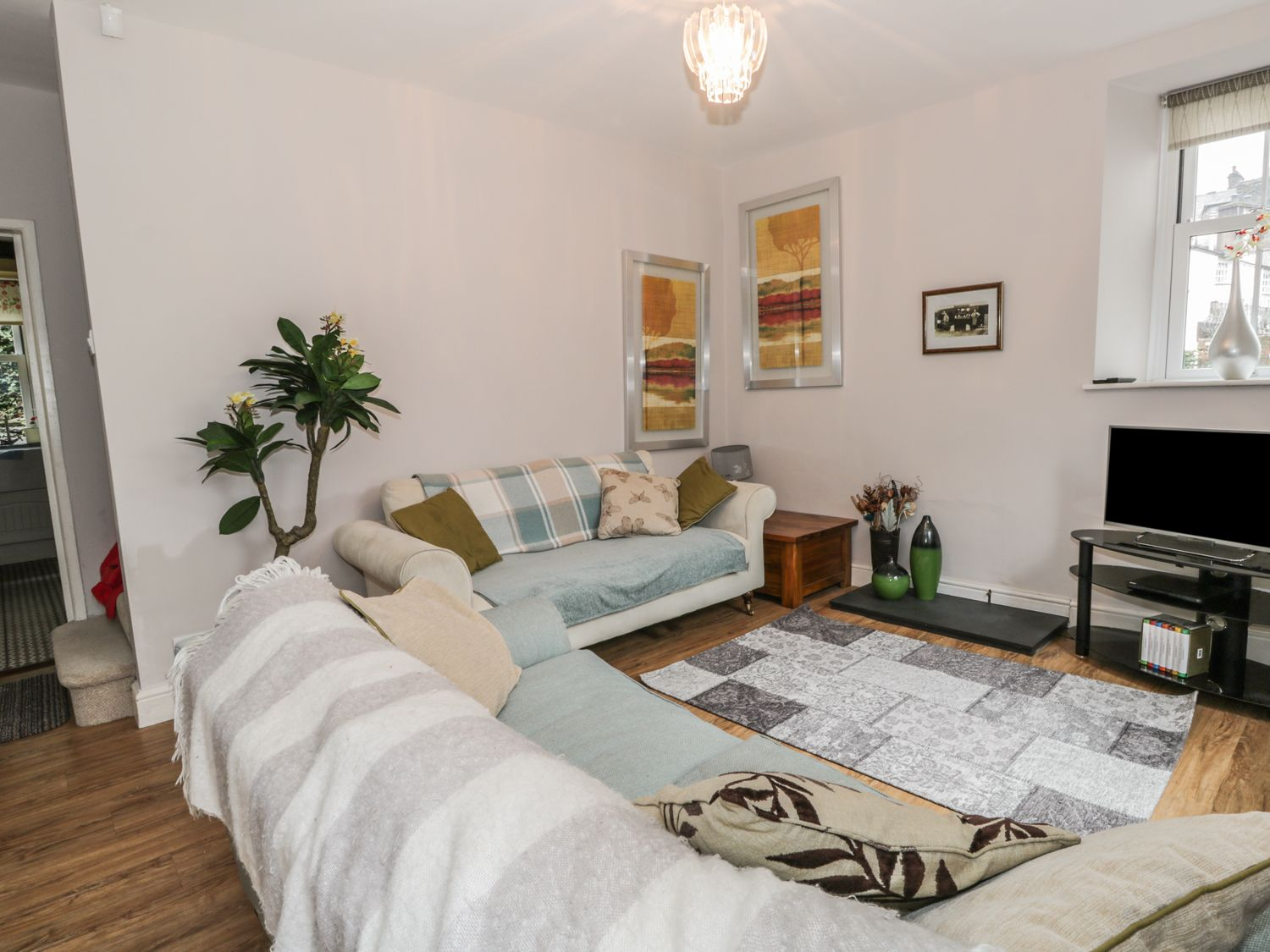Little Brook Cottage | Bowness-on-windermere | The Lake District And ...