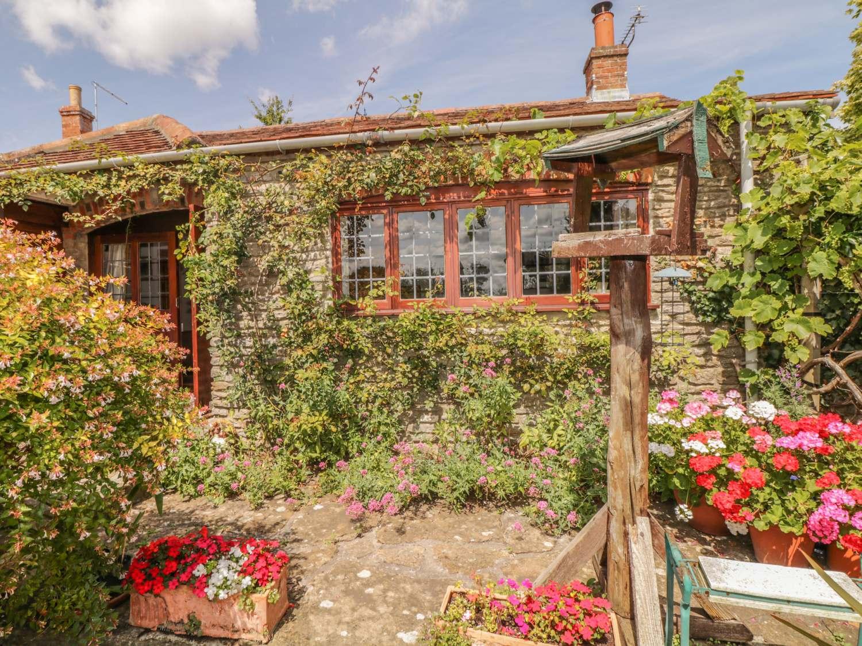 Quiet Corner Cottage - Somerset & Wiltshire - 975954 - photo 1