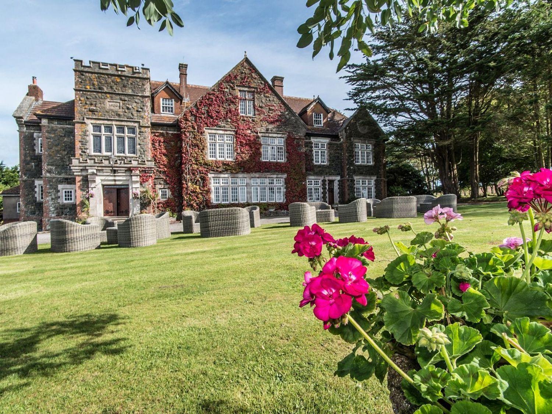 Alston Hall photo 1