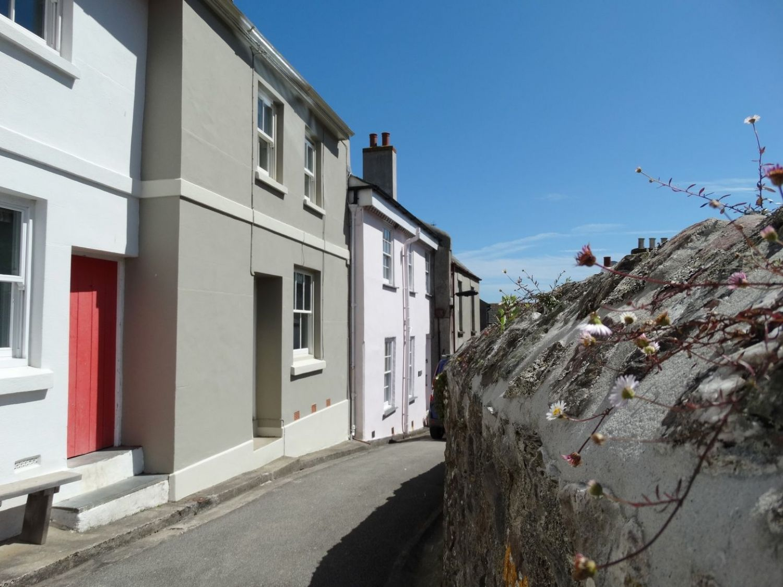16 St Andrews Street photo 1