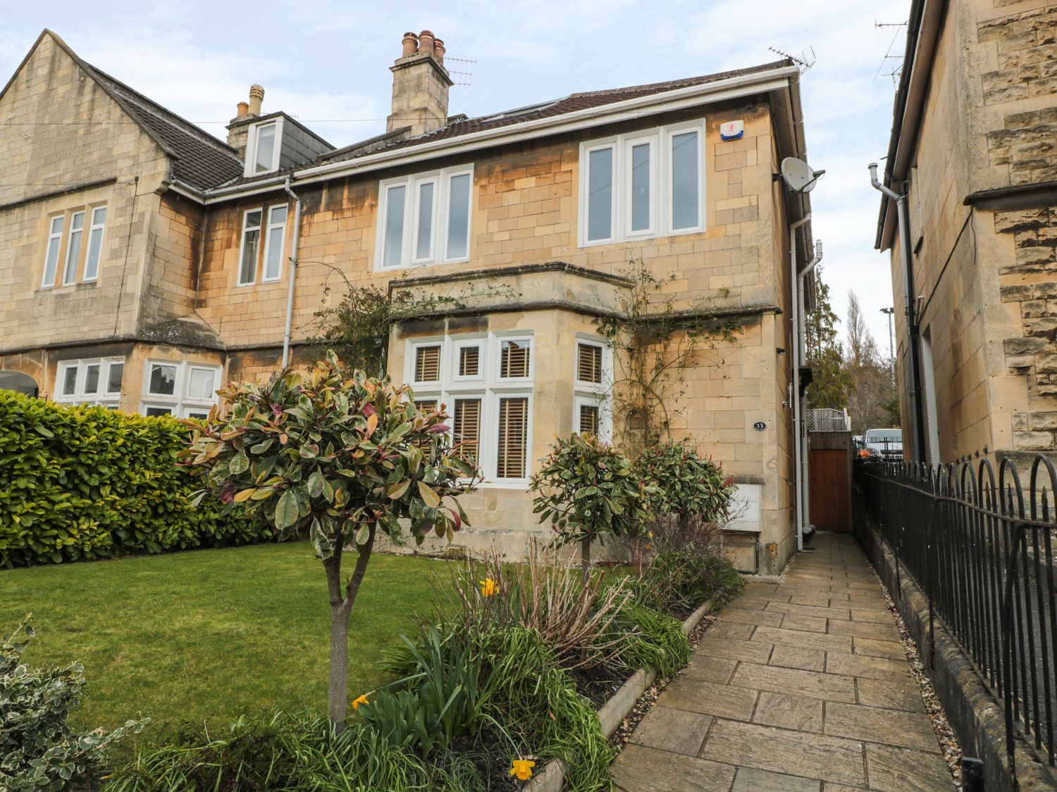 33 Crescent Gardens - Somerset & Wiltshire - 976724 - photo 1