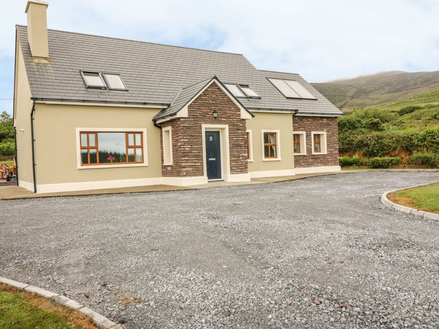 Malachy's Rest - County Kerry - 987710 - photo 1