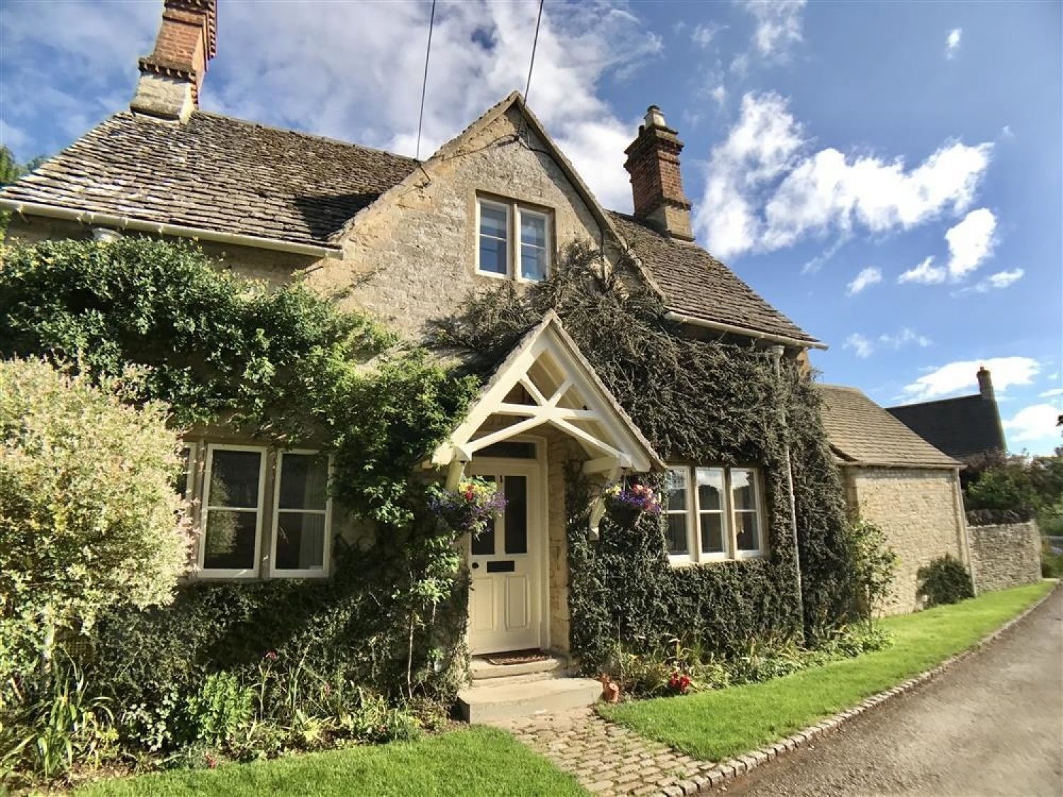 The Lodge - Cotswolds - 988736 - photo 1