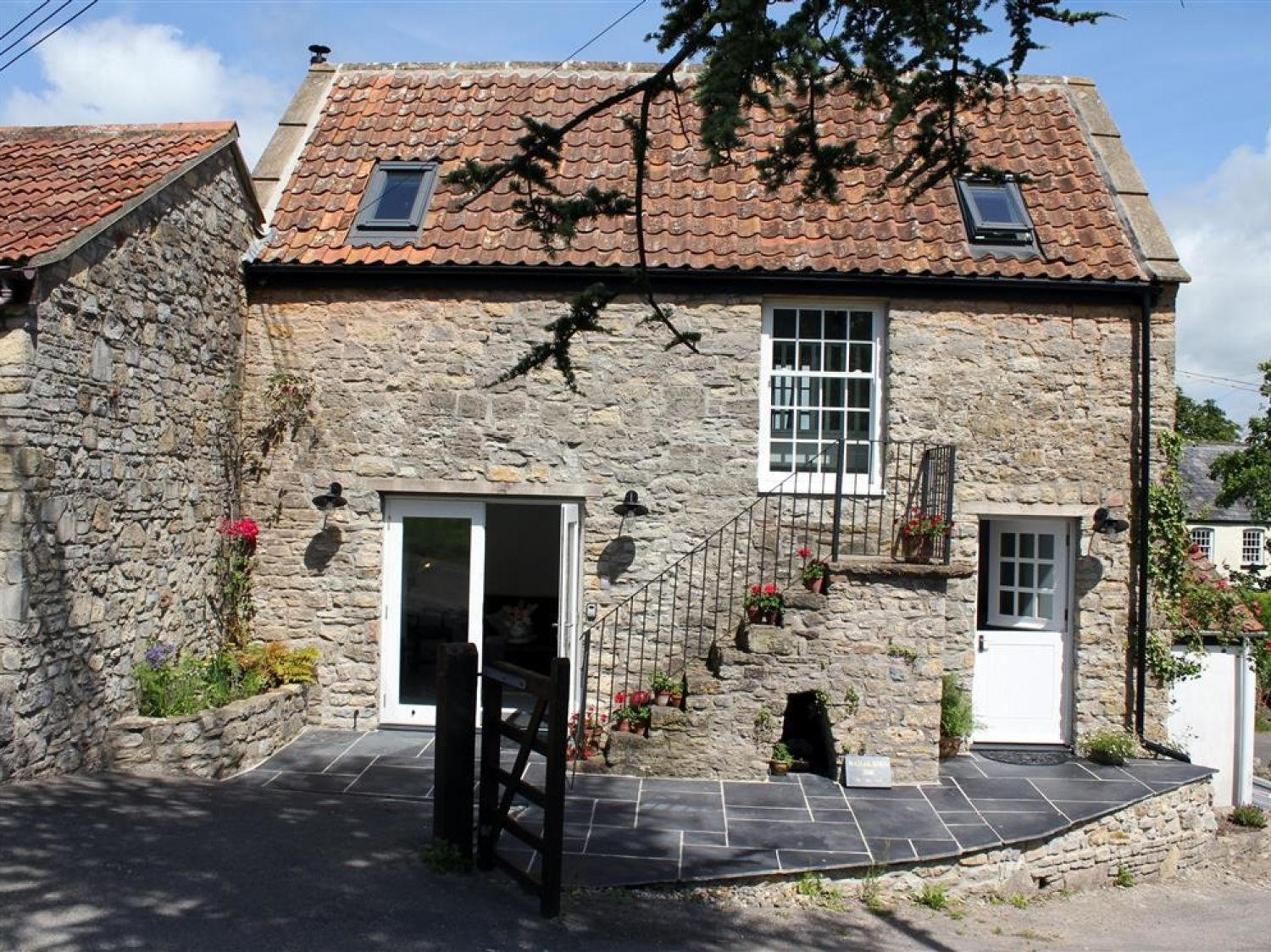 Wassail Cottage - Somerset & Wiltshire - 988905 - photo 1