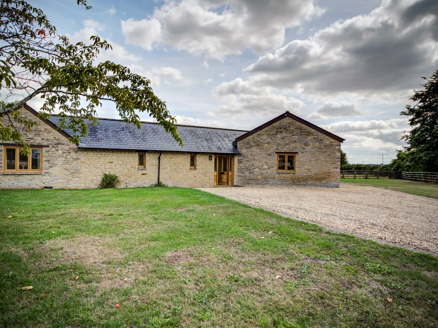Lower Farm Barn - Cotswolds - 992282 - photo 1