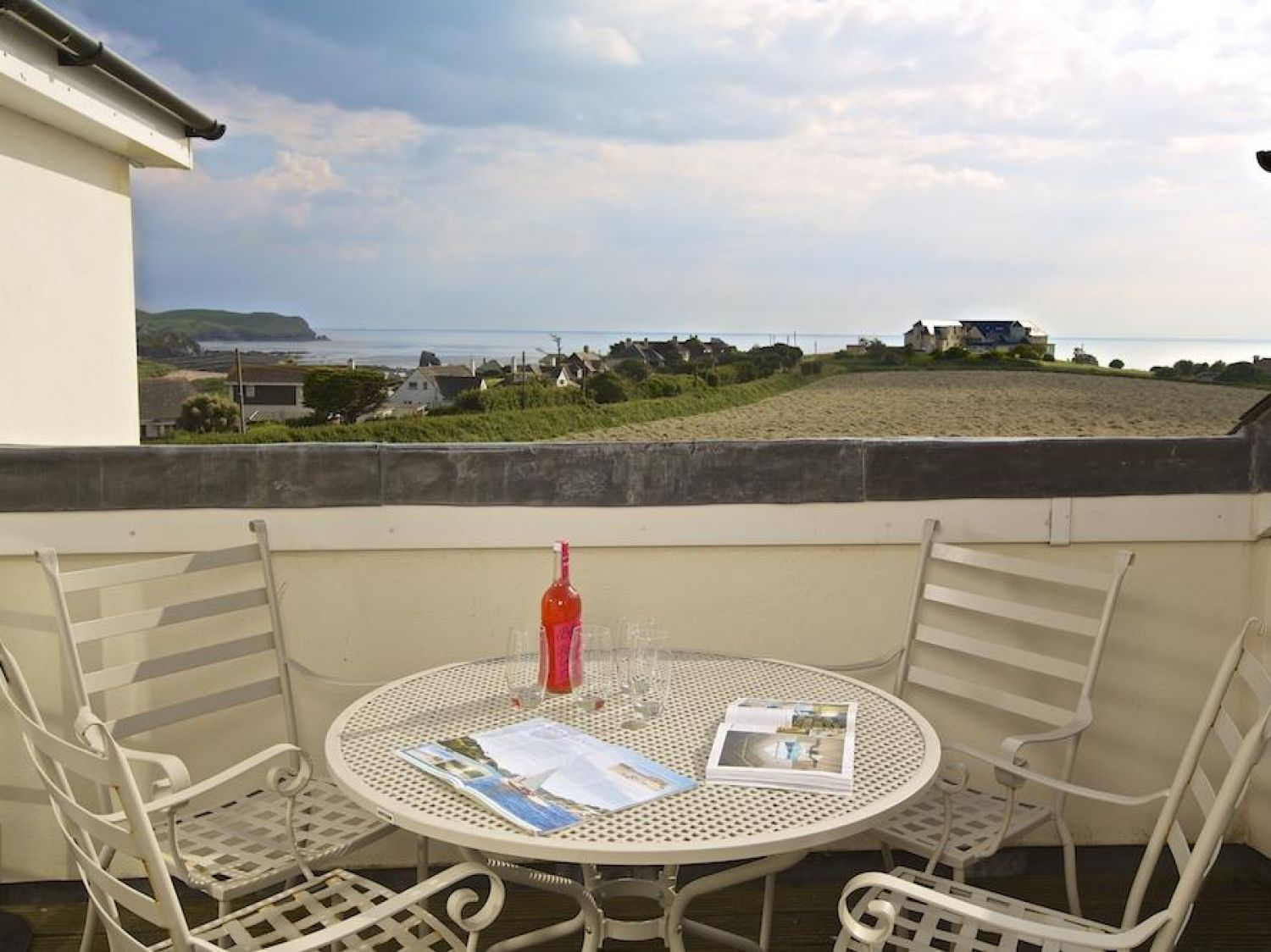 Oceanview Apartment - Devon - 995661 - photo 1