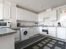 Boyles Town Centre Apartment - Lake District - 972566 - thumbnail photo 8
