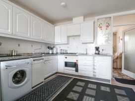 Boyles Town Centre Apartment - Lake District - 972566 - thumbnail photo 9