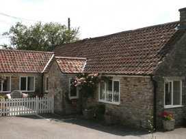 Magnolia Cottage - Somerset & Wiltshire - 975940 - thumbnail photo 2