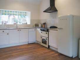 Magnolia Cottage - Somerset & Wiltshire - 975940 - thumbnail photo 6