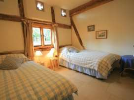 Whites Farm Barn - Herefordshire - 988599 - thumbnail photo 17