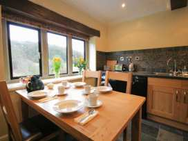 Lakeside Cottage - Cotswolds - 988603 - thumbnail photo 5