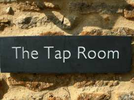 Tap Room - Cotswolds - 988612 - thumbnail photo 16