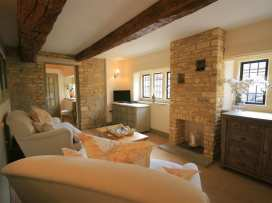 Bow House Cottage - Cotswolds - 988623 - thumbnail photo 2