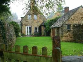 Campden Cottage - Cotswolds - 988657 - thumbnail photo 1