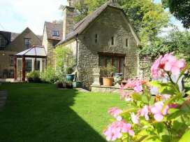 Anvil Cottage - Cotswolds - 988675 - thumbnail photo 1