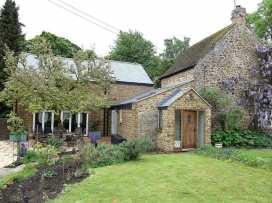 Gladstone Cottage - Cotswolds - 988715 - thumbnail photo 1