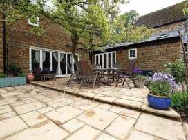 Gladstone Cottage - Cotswolds - 988715 - thumbnail photo 2