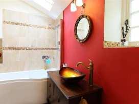 Gladstone Cottage - Cotswolds - 988715 - thumbnail photo 33