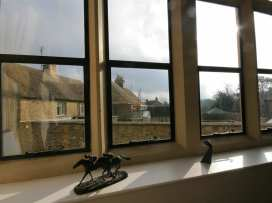 The Old School House - Cotswolds - 988716 - thumbnail photo 11