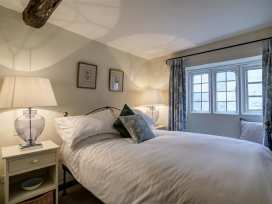 2 Lawrence Lane - Cotswolds - 988727 - thumbnail photo 11