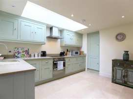 Number 11, Hollywell - Cotswolds - 988744 - thumbnail photo 3