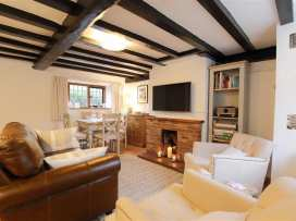 One, Masons' Court - Cotswolds - 988770 - thumbnail photo 3