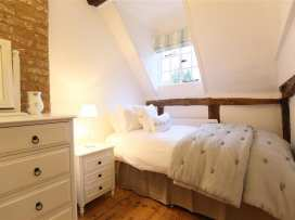 One, Masons' Court - Cotswolds - 988770 - thumbnail photo 18
