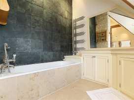 The Malt House - Cotswolds - 988771 - thumbnail photo 22