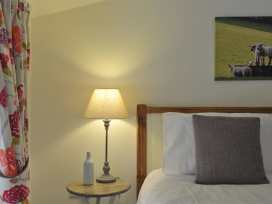 The Courtyard, Notgrove - Cotswolds - 988780 - thumbnail photo 14
