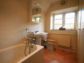 Spring Cottage - Cotswolds - 988802 - thumbnail photo 16