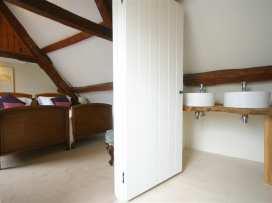 Westfarthing Cottage - Cotswolds - 988805 - thumbnail photo 18