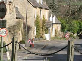 Troutbeck Cottage - Cotswolds - 988832 - thumbnail photo 23