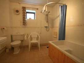 Warren Cottage - Cotswolds - 988858 - thumbnail photo 7