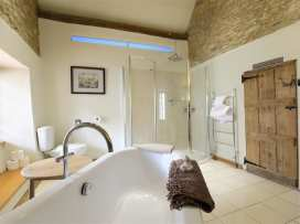 Castle Combe Cottage - Somerset & Wiltshire - 988862 - thumbnail photo 23