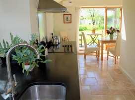 Abbotts Cottage - Dorset - 988893 - thumbnail photo 17
