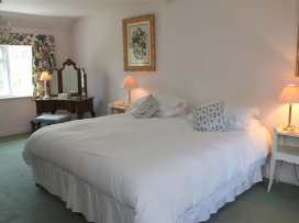 Winterbourne Cottage - Somerset & Wiltshire - 988908 - thumbnail photo 13